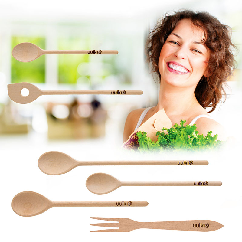 wooden kitchen utensils spoons