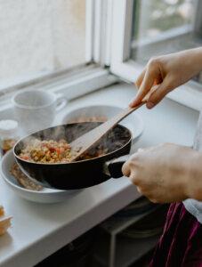 entretenir ustensiles de cuisine en bois