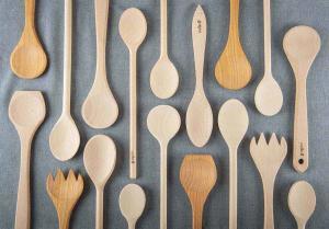 houten keukengerei reinigen